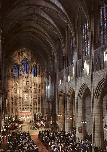 Interior of St. Thomas' Church, 5th Avenue, New York