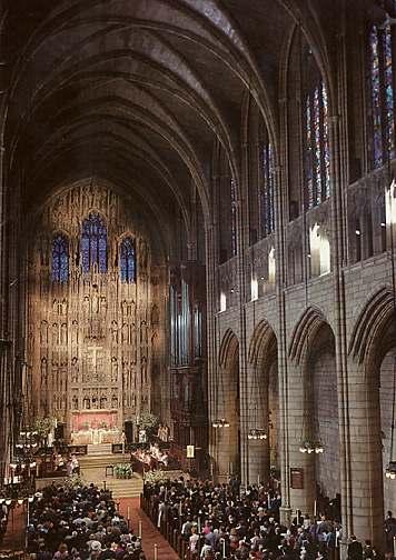 Interior of St. Thomas' Church, 5th Avenue, New York