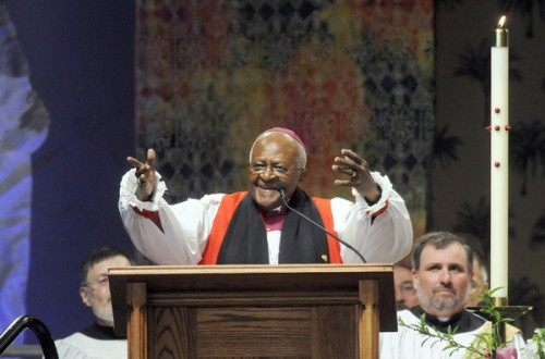 Archbishop Tutu, 2010, Diocese of Connecticut. (Hartford Courant)