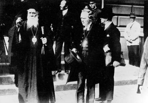 The presence of the unidentified Orthodox prelate suggests to me that this photo with Söderblom, Primate of Sweden, may date to the 1925 Conference on Faith and Work, in which he brought together Anglican, Reformed, Lutheran and Orthodox leaders to promote joint efforts on world peace, justice and social issues. Four years later he won the Nobel Peace Prize, and in Sweden he was known as the people's Archbishop.