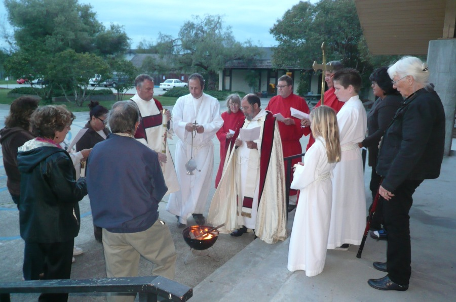 Lighting of the New Fire at the Easter Vigil last year at All Saints'/Iglesia Cristo Rey, Watsonville, California. (via Padre Mickey)