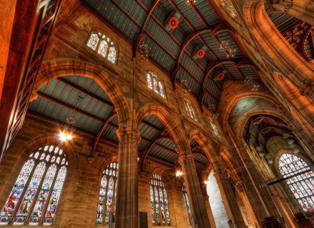 St. Andrew's, Sydney, is the oldest cathedral in Australia. Click to enlarge this outstanding photograph. (Zhang Wenjie)