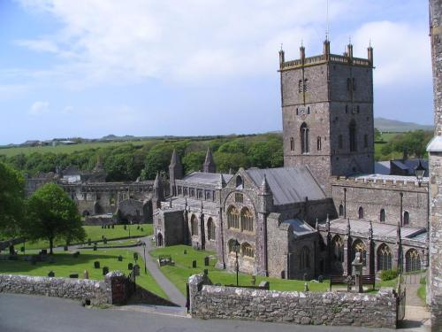 St. David's Cathedral, Wales, one of the great historic shrines in Christendom. (Bill Damick/castlewales.com)