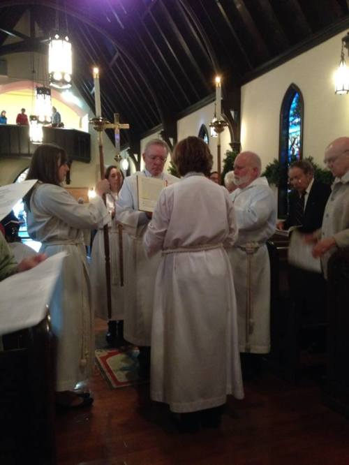 Gospel reading Sunday at St. Alban's, Washington, D.C. (The Rev. Malcolm Marler)
