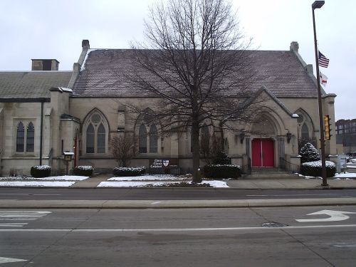 Christ Church Cathedral, Eau Claire, Wisconsin (Wikipedia)