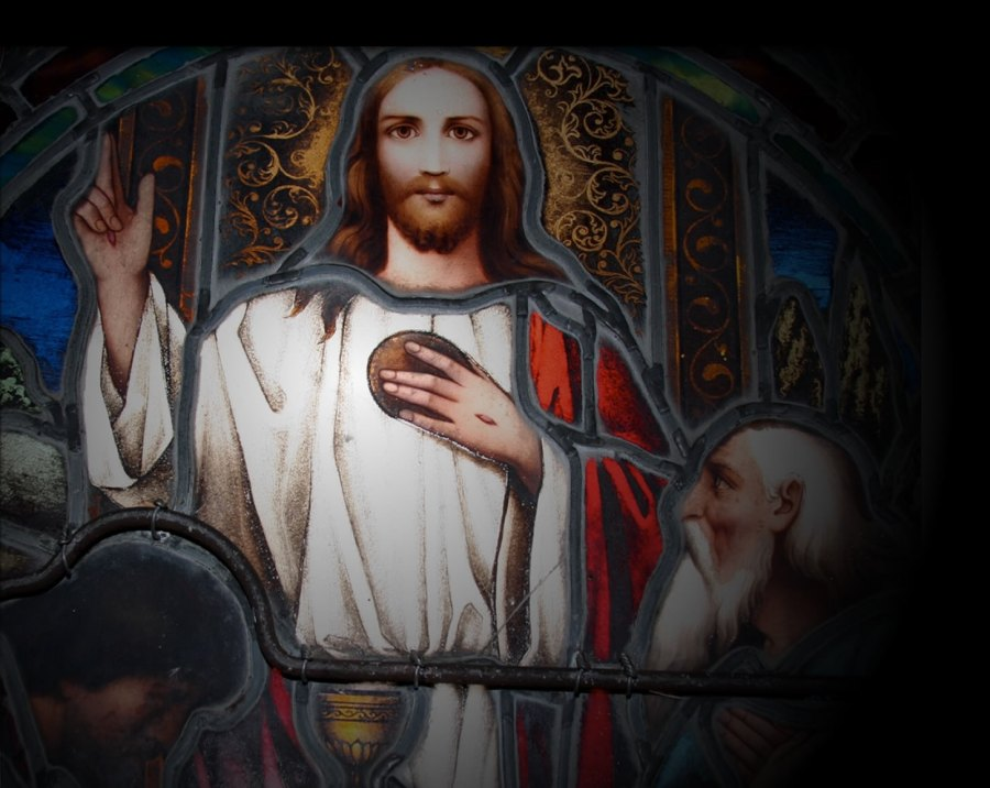 Christ window at Trinity Cathedral, Easton, Maryland. (cathedral website)
