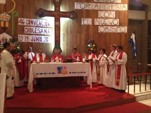 Diocesan convention in 2011 of the Episcopal Anglican Church of El Salvador. (source unknown)