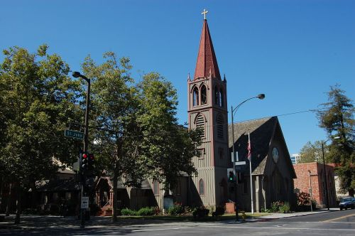 Trinity Cathedral, San Jose, California, was built in 1863 of local redwood by a sea captain, shipbuilder and vestryman; when it came time to expand, he had it sawn in half and pulled apart by a team of horses. (Eugene Zelenko)