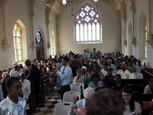 Christ Church By-the-Sea in Colón, Panamá was filled for its rededication Sunday in Iglesia Episcopal de Panamá. (via the Rev. Michael Dresbach on Facebook)