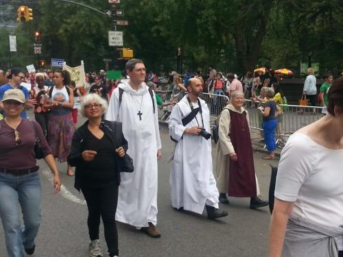 Episcopal monks and nuns were among up to 400,000 protesting a lack of action on climate change in New York City on Sunday, the day before the United Nations took up the issue. (Br. Bernard Delcourt, OHC on Facebook)