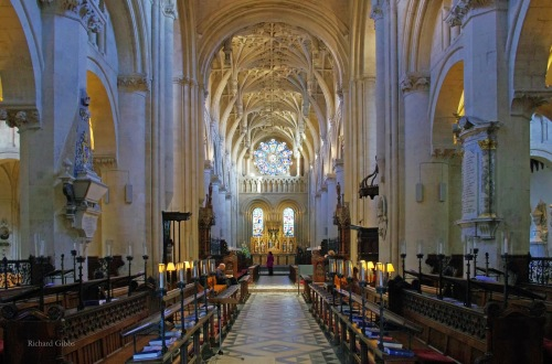 Christ Church Cathedral, Oxford, one of the smallest in the Church of England. It was originally a priory church, then Henry VIII installed a bishop there after the Dissolution of the Monasteries. It also serves as the chapel of Christ College. (Richard Gibbs)