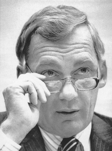 Ambassador Robert E. White has died after a distinguished career as a Latin American specialist in the United States Foreign Service. As envoy to El Salvador in 1980, he accused army death squads in the murder of Archbishop Oscar Romero, who was gunned down on the steps of his cathedral; eight months later, White hosted two U.S. churchwomen and human rights activists, Jean Donovan and Sister Dorothy Kazel, overnight at the embassy. The next day they too were killed by an army death squad along with two other nuns. When Ronald Reagan became President, he fired White and forced him out of the State Department. On 9 January of this year, a Vatican commission voted unanimously to certify Romero as a martyr, a key step in beatification. (United Press International)
