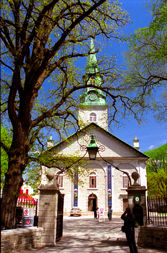 Holy Trinity Cathedral, Québec City, is home to two parishes, one English and one French. (David Ohmer)
