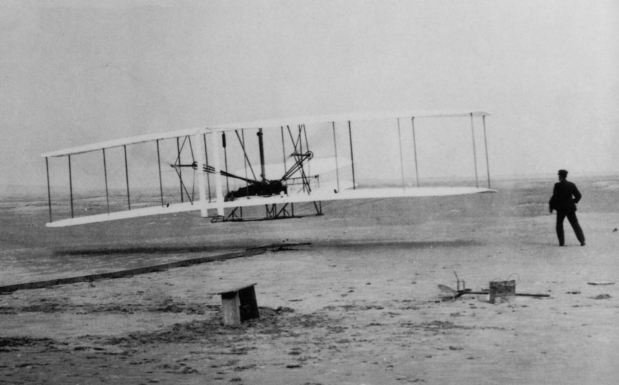 The Wright brothers' first flight, 1903.
