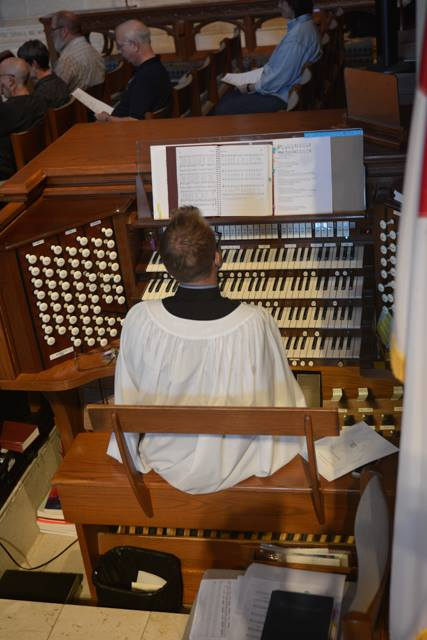 Charles Everson played for a recent Solemn Evensong at the Bishop Kemper School for Ministry, operated by four Episcopal dioceses in the central U.S. Have you thanked an organist lately? (Diocese of Western Missouri)