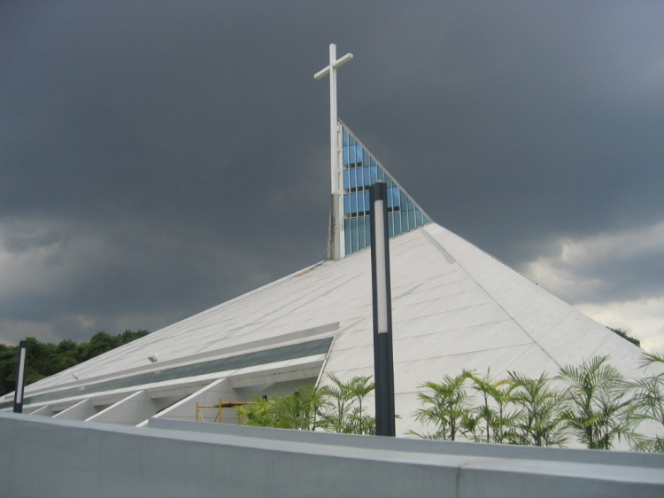 Church of the Gesù, Atenio de Manila University, a Jesuit institution in Quezon City, Philippines. (Mike Gonzalez)