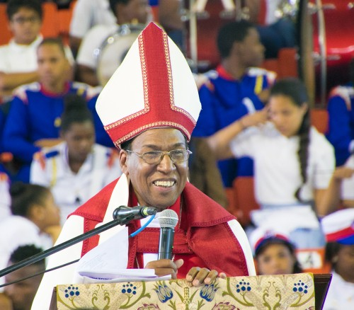 Moizés Quezada Mota was consecrated Bishop Coadjutor of the Dominican Republic Saturday at the Duarte Olympic Volleyball Stadium; Presiding Bishop Michael Curry presided. The diocese, like its neighbor in Haiti, belongs to The Episcopal Church, which operates in 16 nations and territories.  (Julius Ariail)