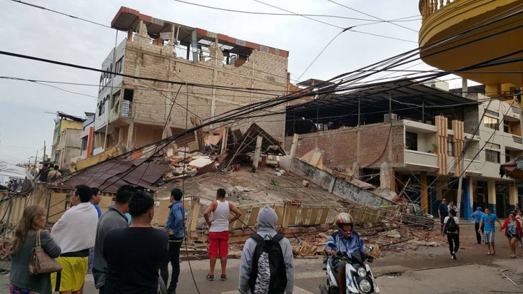 Earthquake damage in Portoviejo, Ecuador. The Episcopal bishop there, Alfredo Morante of the Diocese of Litoral Ecuador, reports that his churches and people there survived intact, but 48 Episcopalians' homes were damaged or destroyed. The death toll has risen to more than 500, with hundreds missing and thousands injured. (Jairo Chiran via Episcopal News Service)