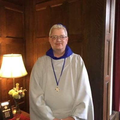Robert Gee of our congregation is now a novice with the Community of the Mother of Jesus in Chicago. Congratulations, Br. Robert!