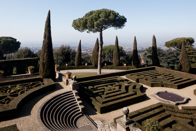 Formal gardens at Castel Gandolfo, the summer home of the Pope, known in Italian as Il Papa. (Gianni Cipriano/The New York Times)