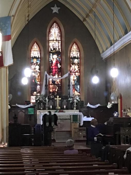 Grace Church, Jamaica, Queens, New York, at a recent midweek Bible study. (The Rev. Ann Tillman)