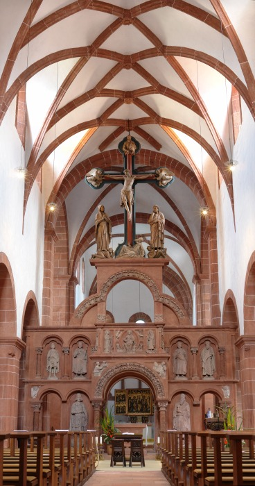 Rood and screen at Holy Cross Basilica, Wechselburg, Germany. (Wikipedia)