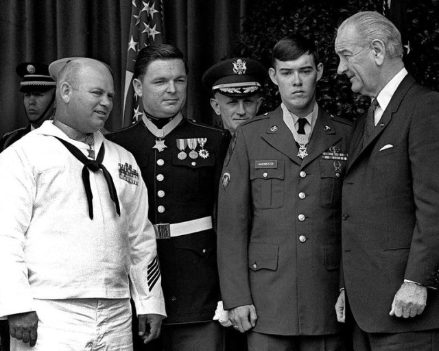 """Master Sgt. Richard A. Pittman, second from left, has died, the U.S. Medal of Honor winner who saved his platoon when it was ambushed along a jungle trail in Vietnam, defying """"a withering hail of enemy mortar and small-arms fire."""" He attacked with a machine gun, then a submachine gun and a pistol; when he ran out of ammunition he lobbed a hand grenade, the last thing he had, as the enemy started running away from him. """"I just did it,"""" he said later. """"I knew somebody had to do something. Combat was kind of always instinctive for me."""" (Associated Press)"""