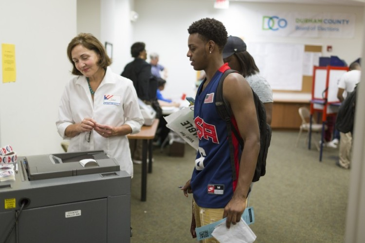 Naje Gibson voting early at North Carolina Central University. (Washington Post)