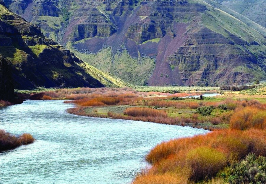 John Day River in Cottonwood Canyon State Park near Wasco, Oregon. (Gary Braasch, Western Rivers Conservancy)
