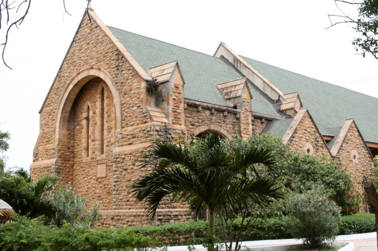 Holy Trinity Cathedral in Accra, Ghana, where the Presiding Bishop led American bishops and laypeople on a pilgrimage of reconciliation in memory of Africans enslaved and shipped to the Americas. (Guido Sohne)