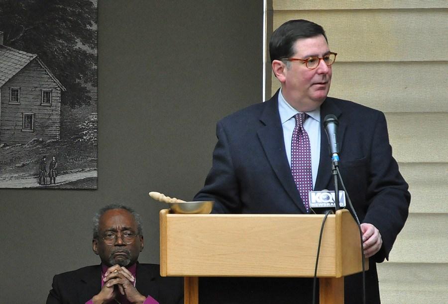 Pirrsburgh Mayor Bill Peduto welcomed revival-goers to get to know each other in order to develop solutions to city problems like poverty, addiction and homelessness.